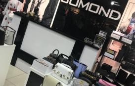 Магазин молодежной одежды BOMOND