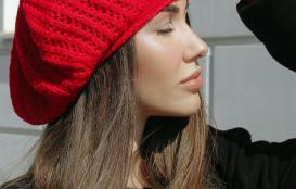 сеть фирменных магазинов Фабрики Оренбургских пуховых платков в Оренбурге ТРЦ Территория Севера